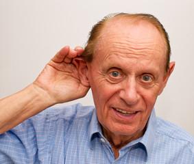 Schwerhöriger Mann - Hardness of Hearing