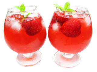 alcoholic strawberry cold fruit punch cocktails