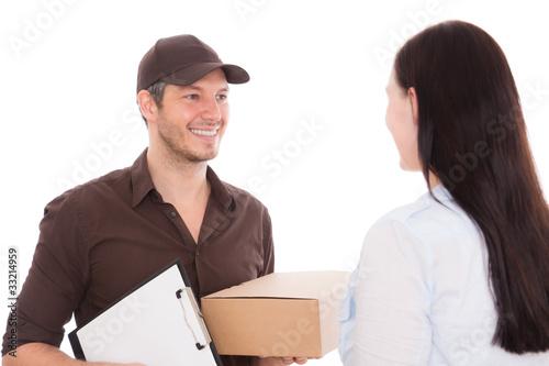 frau erhält paket