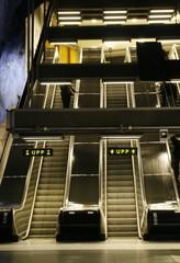 Rolltreppen in der U-Bahn