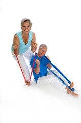 Paar mit Stretchband