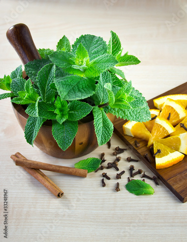 Mortar and pestle with mint.