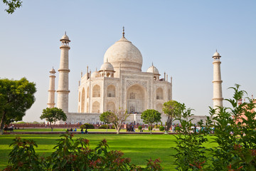 Taj Mahal located in Agra 6