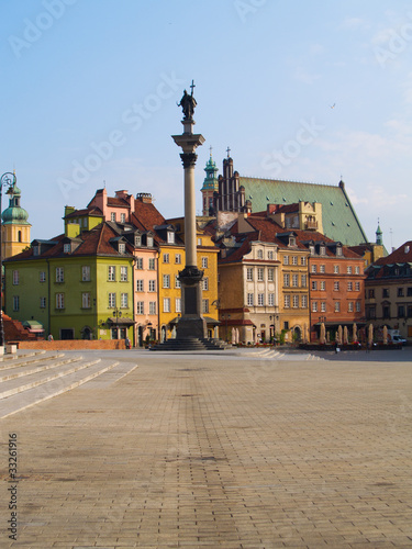 Old town square, Warsaw, Poland © neirfy