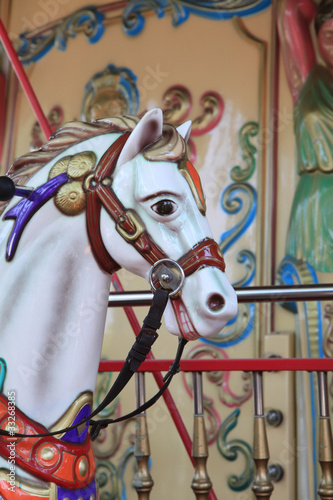 Kinderkarussell mit Pferd - 33268385