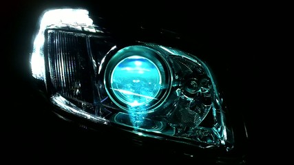 Cinématique de phare xenon