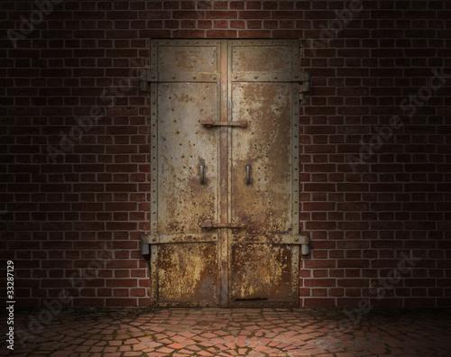 In de dag 古い鉄の扉