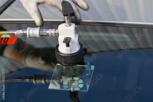 repair crack in windshield