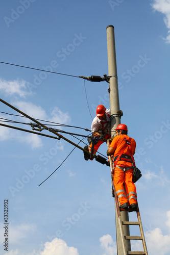 Repair distribution line