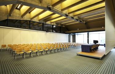 interno di una sala conferenza