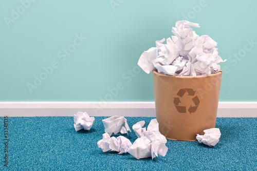 Recycle waste paper basket on office floor - 33348135