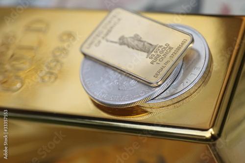 Gold - 33357553