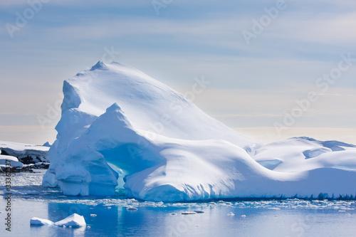 Góra lodowa Antarktydy