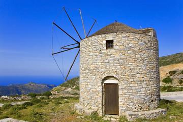 grèce; cyclades; naxos : moulin