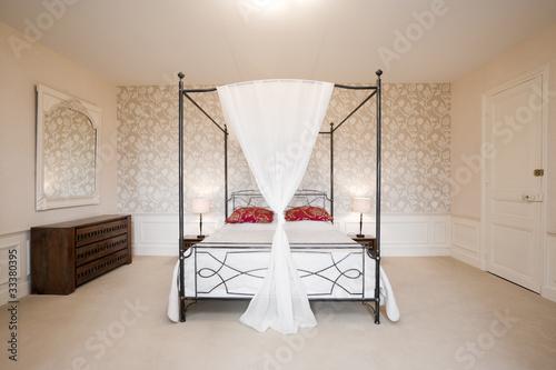 romantisches himmelbett von by studio lizenzfreies foto. Black Bedroom Furniture Sets. Home Design Ideas
