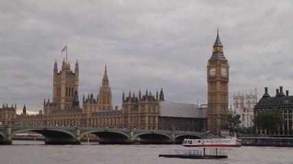 London's Parliament and Big Ben Clock