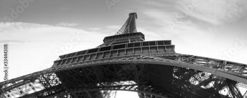 tour eiffel symbol of Paris