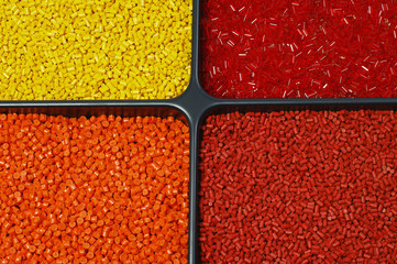 Kunststoff Farbgranulat Orange Rot Gelb