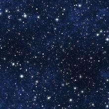 Nocne niebo gwiazdy wypełnione