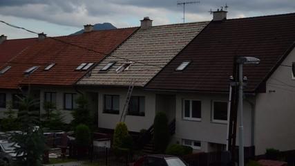 Arbeit für Dach eines Hauses