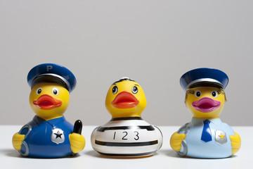 Häftling mit Polizisten
