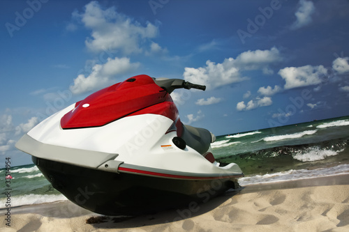 Canvas Water Motorsp. Jet ski shore