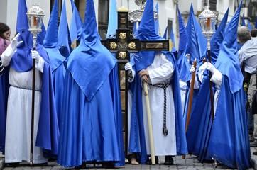 Nazarenos de la Semana Santa de Córdoba