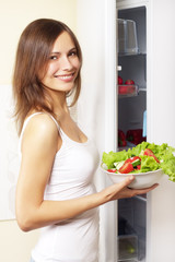 girl with healthy salad