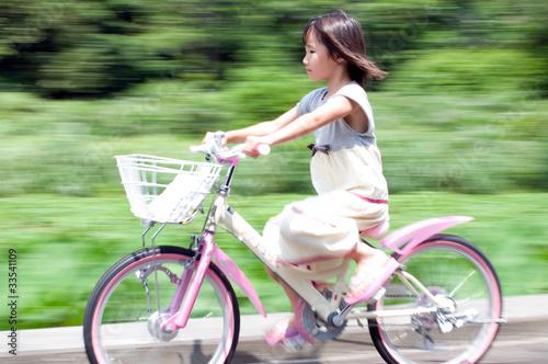 """自転車に乗る女の子""""Fotolia.com ..."""