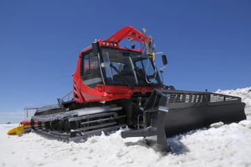 red snowcat