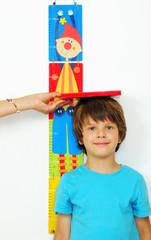 Kind wird gemessen