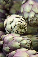 Au marché : Artichaut violet de provence