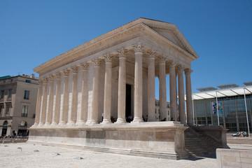 L maison carrée à Nîmes