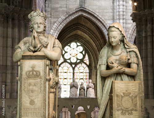 Paris - paryer of king and queen from Saint Denis  cathedral