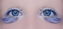Blå ögon makro närbild vinter makeup juveler diamanter
