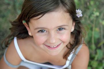 Sourire d'enfant (fille 6 ans)