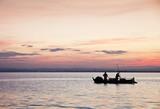 Fototapeta rzeka - słońce - Jezioro / Staw