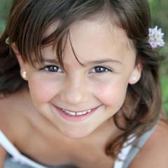 Sourire d'enfant (fille 6 ans) #2