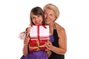 portrait d'une grand-mère et sa petite fille - noël
