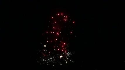 Feuerwerk mit glitzernden Effekten