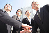 Fototapety 団結するビジネスマンイメージ