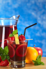 Refreshing red wine punch called sangria