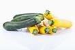 gelbe und gruene Zucchini