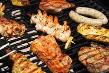 Grillen: Scampi, Steaks, Putenschnitzel, Hähnchen, Bratwürste