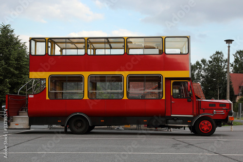 oldtimer bus kaufen images. Black Bedroom Furniture Sets. Home Design Ideas