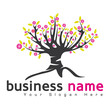 logo business arbre