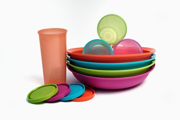 colored plastic kitchenware