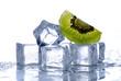 cubetti ghiaccio e kiwi - uno
