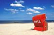 Roter Strandkorb am Meer 2012