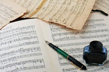Vecchio manoscritto musicale